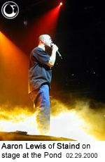 Aaron Lewis of Staind on stage at the Pond. - Photo: Brian May