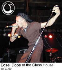 Edsel on stage at the Glasshouse - Photo: Brian May