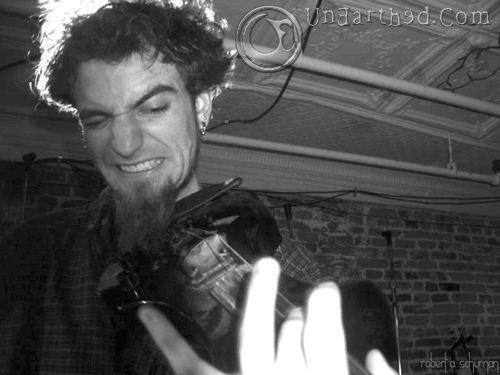 Zox @ Grog and Tankdard: May 27, 2004